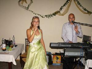 zaspievala som aj mojmu manzelovi