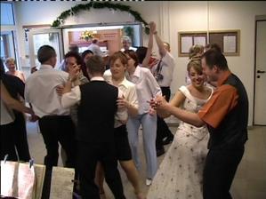Tancovalo se...