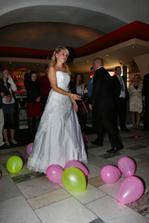 moje balonková výzdoba v barvách svatby