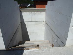 provizorní schodiště