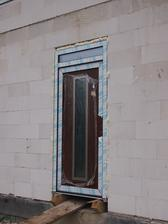 dveře jsou ted o 5cm výše