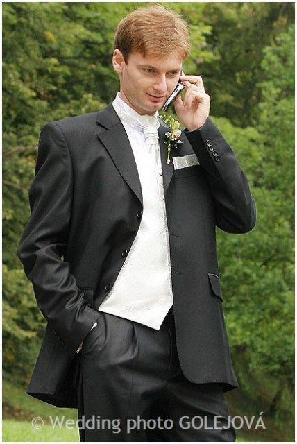 Katka{{_AND_}}Laci - navigujeme hosti cez telefon