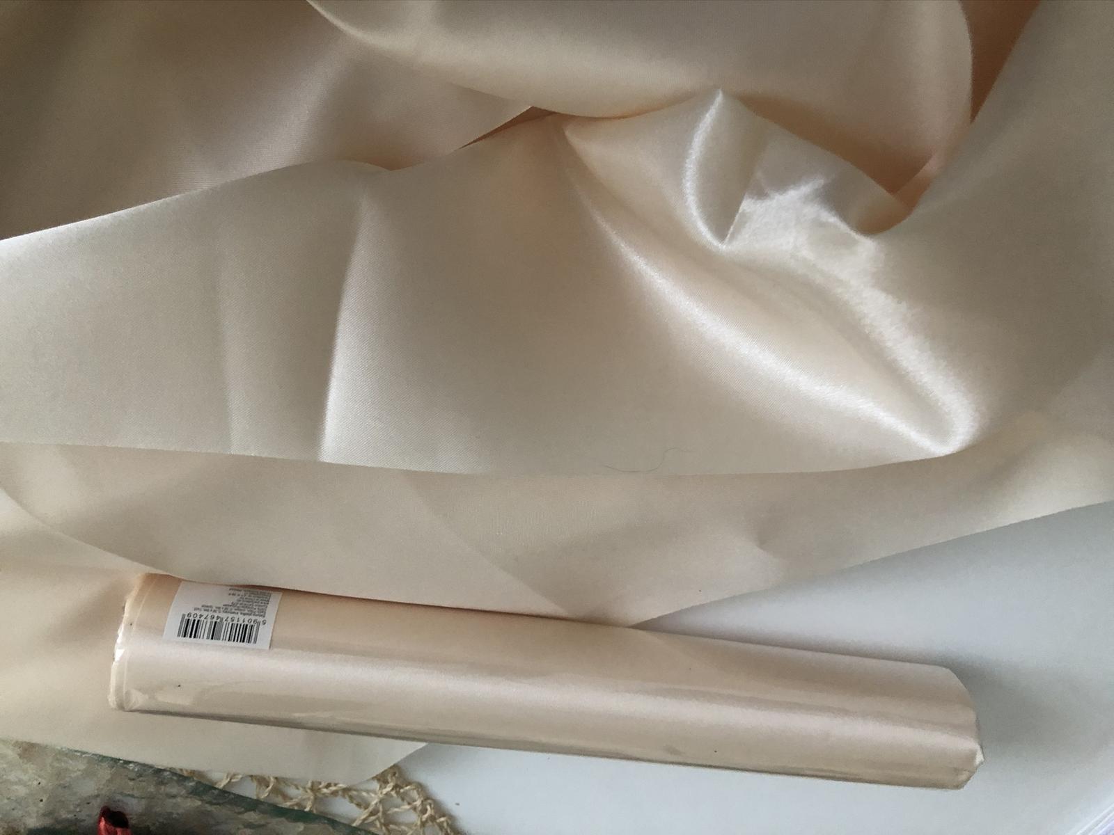 satén Ivory - Obrázek č. 1