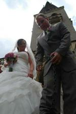 Manžel dostal kouli na nohu :)