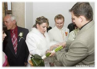 spoutání nevěsty