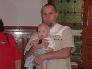 nejmladší účastník na naší svatbě - synoveček Honzíček