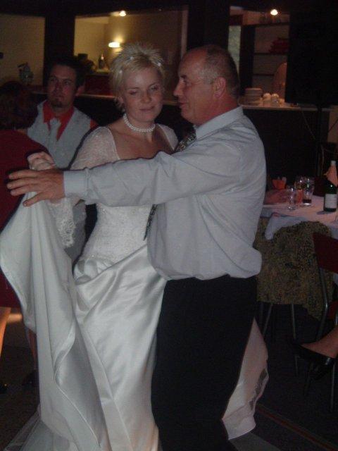 Péťa Nováková{{_AND_}}Honza Souček - nevěsta tančí s taťkou