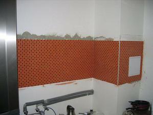 Nejprve mozaika v kuchyni