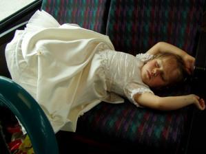 tak jsme spali v autobuse