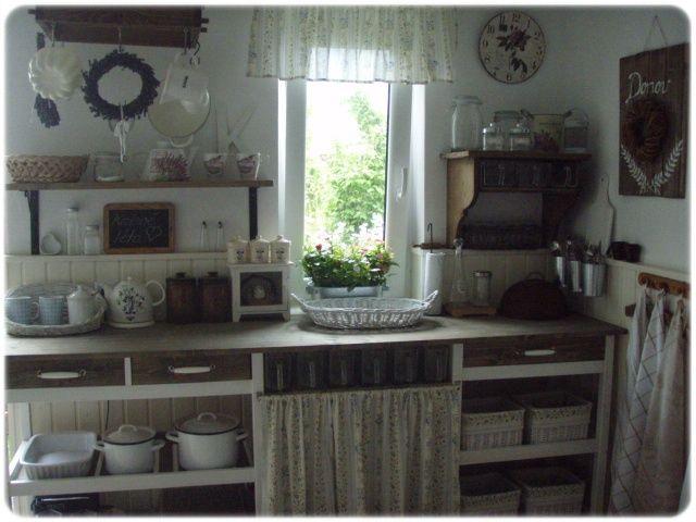 Drevo a biela v kuchyni - Obrázok č. 18