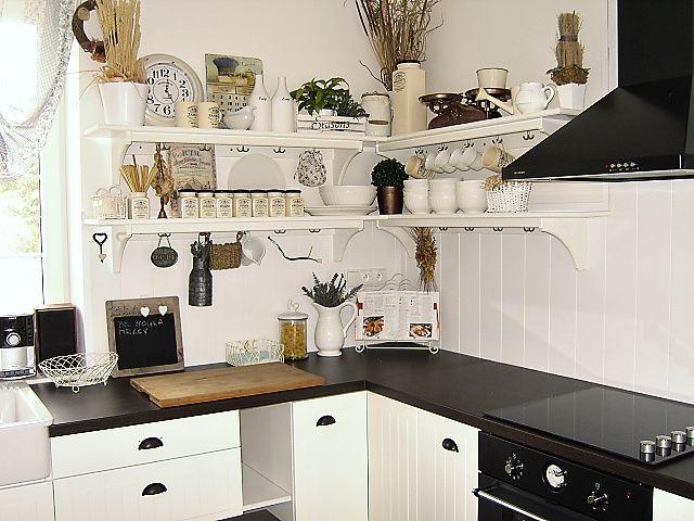 Drevo a biela v kuchyni - Obrázok č. 60