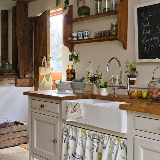 Drevo a biela v kuchyni - Obrázok č. 24