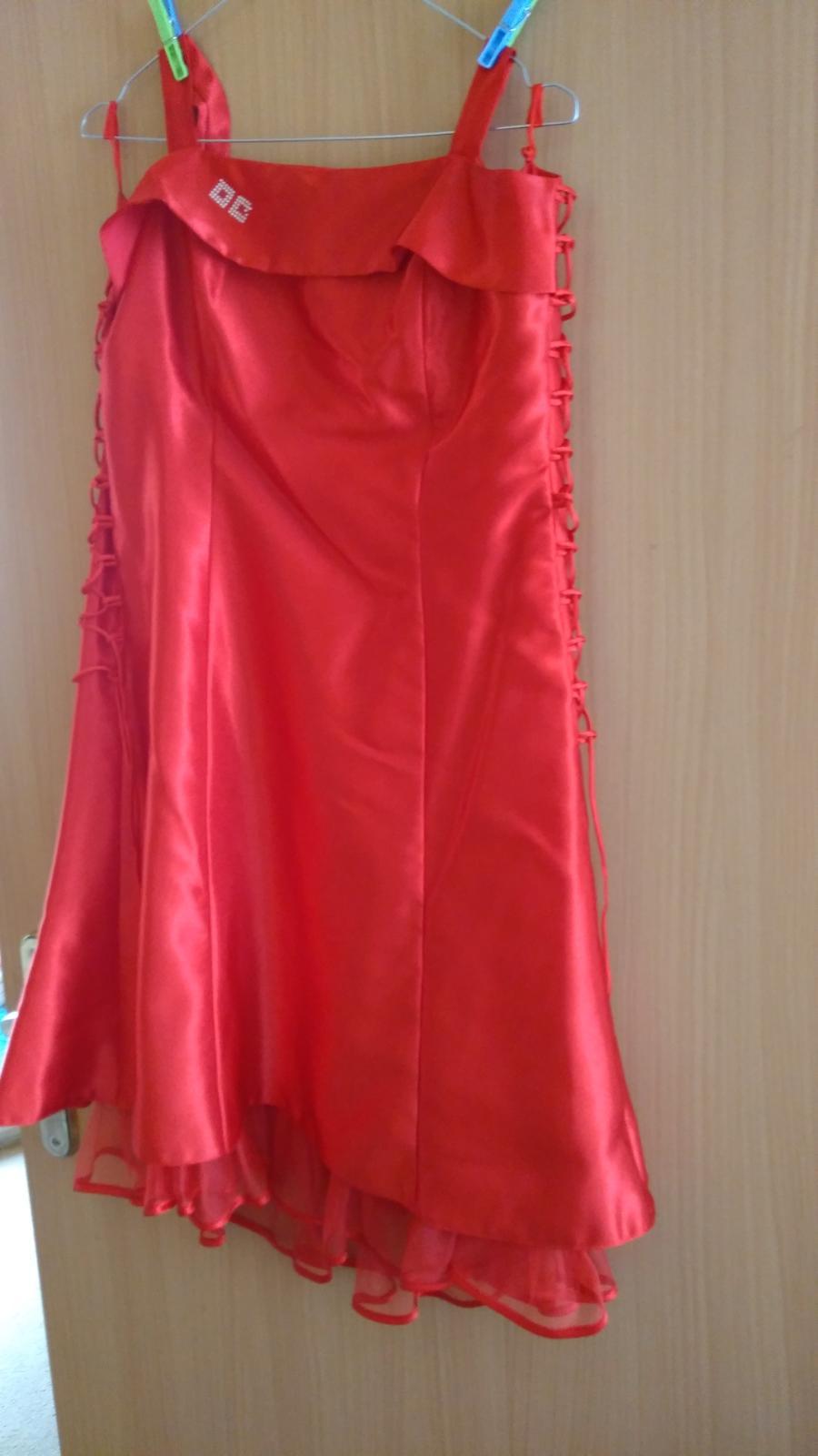 Spoločenské červené šaty veľkosť 42 - Obrázok č. 1