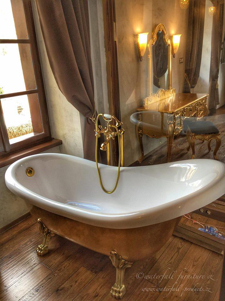 ronieveva - Hotel Arcadie***, Český Krumlov, Gold Leaf vana