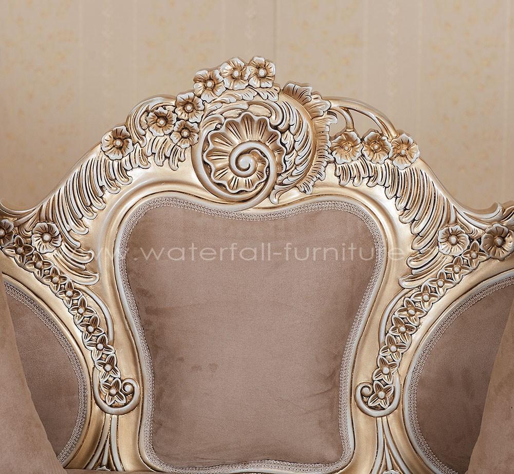 Malé retro hnědé sofa - Obrázek č. 4