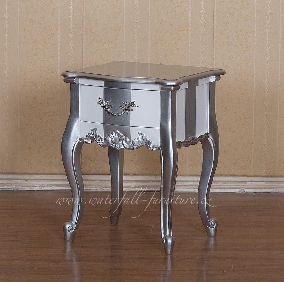 Stříbrno bílý barokní noční stolek - Obrázok č. 1
