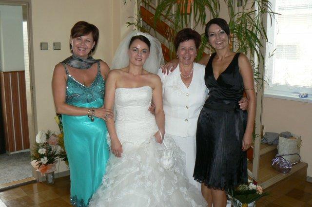 Zuzana Tomíková{{_AND_}}Tomáš Falath - moja mama a sestry