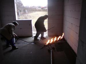 14.3.2012 izolujeme podlahy - ipa