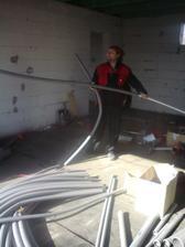 17.3.2012 robime rozvody vody, odpady a zalozne rozvody na radiatory