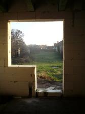 21.3.2012 podmurovanie otvorov - balkonove dvere v detskej a spalni