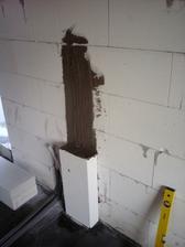 23.3.2012 domurovavame otvory pre dvere- aby sedeli zarubne