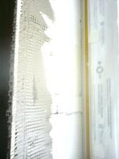 4.5.2012 detail na špaletu- apu lišta od okna- rohovník a pod tým polystyrén (eps 100)