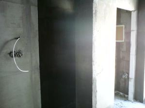 5.5.2012 a už sa zberám k odchodu (pohľad na WC a technickú miestnosť)