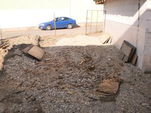11.10.2012 po dreve neostalo ani stopy - akurát nás všetko bolí