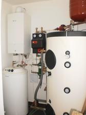 1.11. 2012 chaos, ale dolezite- funguje to :-) 15 polien denne sa postara o teplo aj teplu vodu