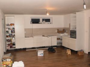 1.11. 2012 aj kuchyna sa uz ukazuje