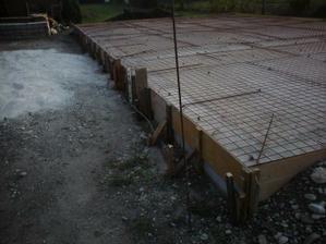 dufam, ze to tych 10 cm betonu nevytlaci...