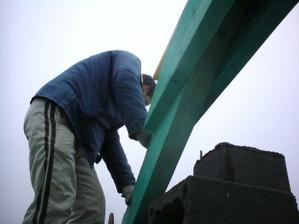 3.12. staviame komin nad strechu