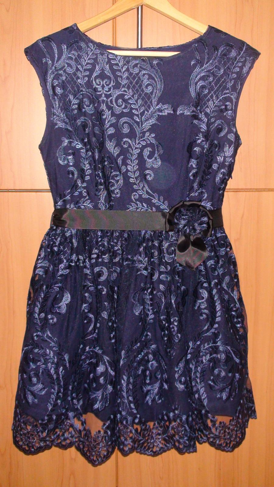 Čipkované spoločenské šaty - Obrázok č. 4