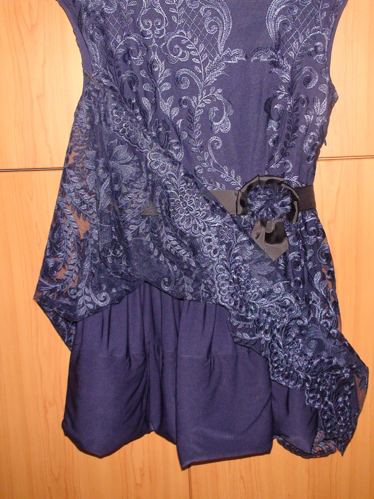 Čipkované spoločenské šaty - Obrázok č. 3