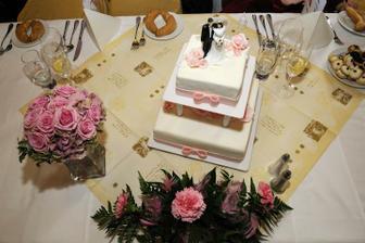 prvni svatebni dort