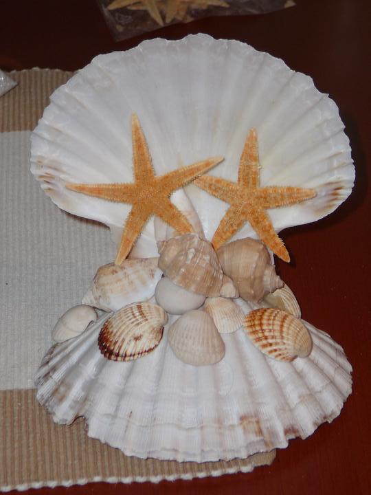 Co už máme a inspirace aneb mořská svatba - Figurka na dort - zkouška, chybí kamínky