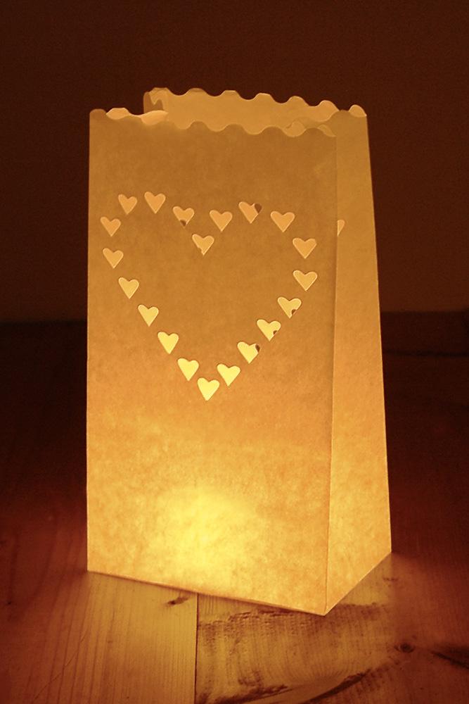 Srdcová lucerna na svíčku - Obrázek č. 1