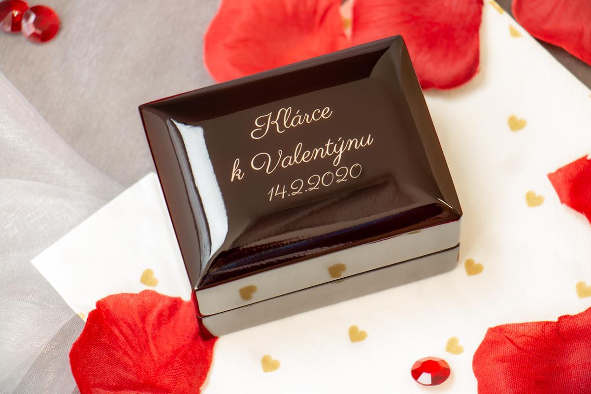 Luxusní krabička na prstýnek s gravírováním - Obrázek č. 1