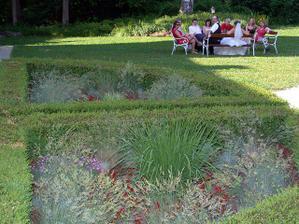 odpoledni siesta v zahrade