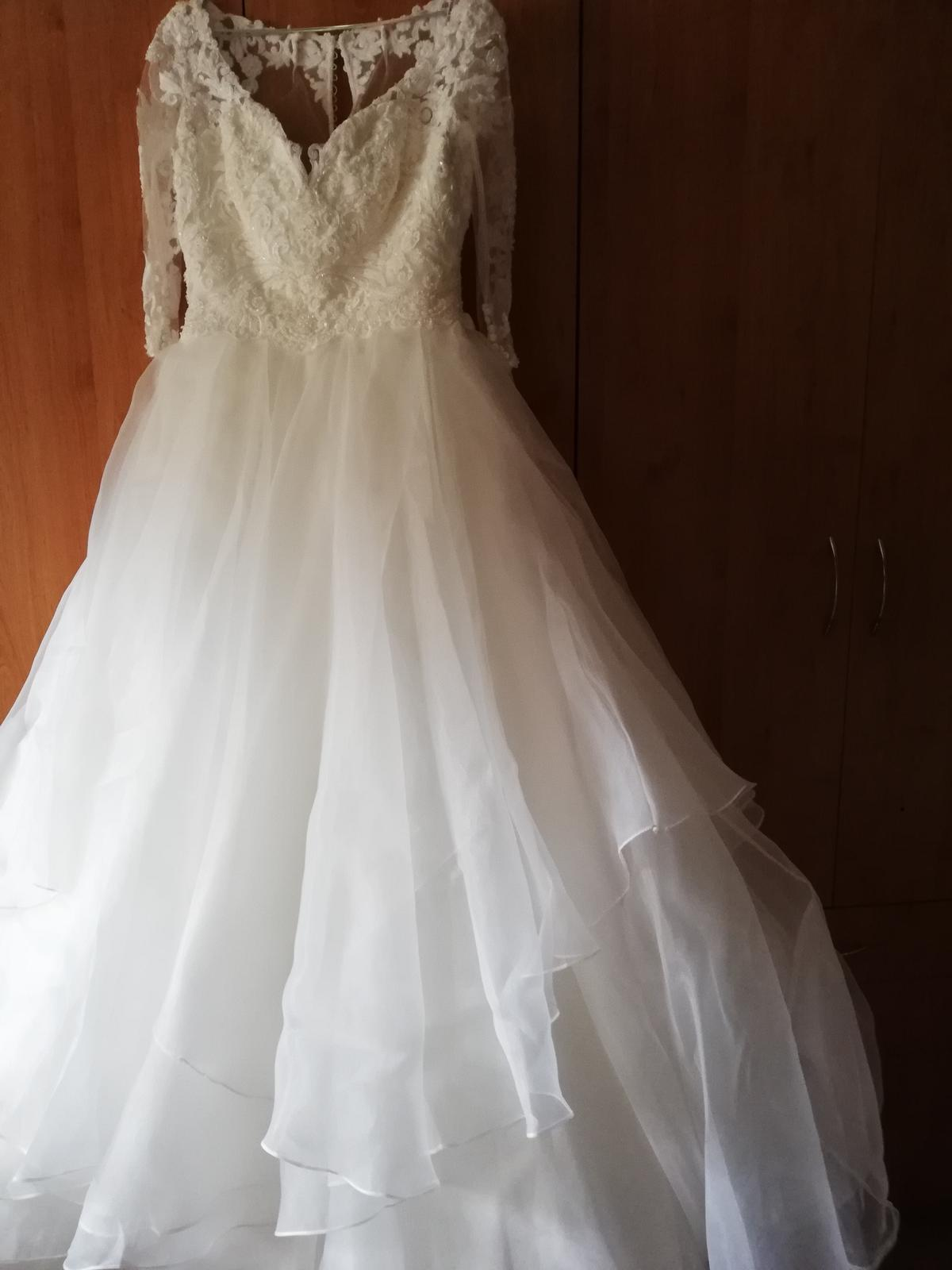 Krásne svadobné šaty - Obrázok č. 4