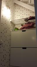 satnik pod schodami - vytapetovane, novy botnik