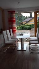 Novy kuchynsky stol