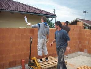 Obvodové mury na penu - tehla Profi 30cm