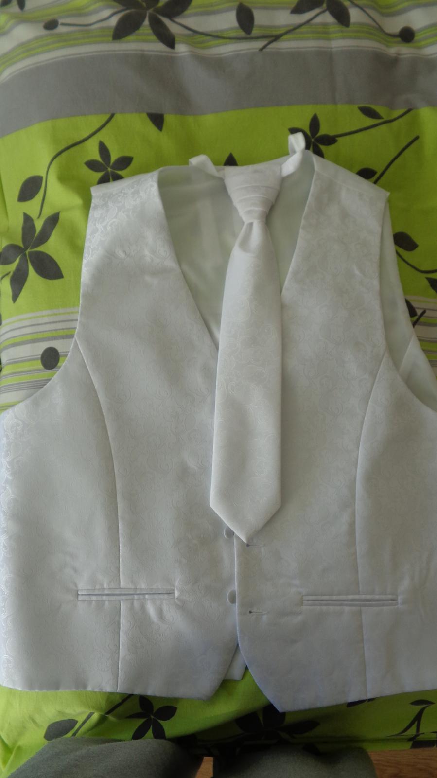 Svadobná vesta s kravatou - 56 - Obrázok č. 1