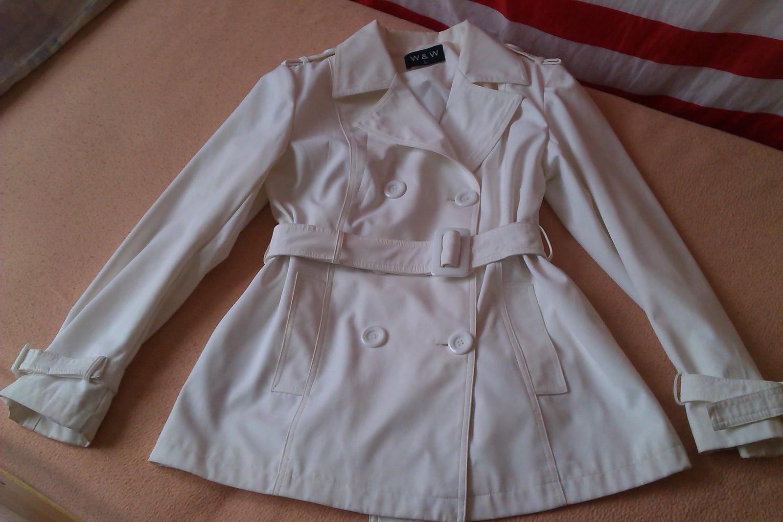 Dámsky biely plášť - Obrázok č. 1