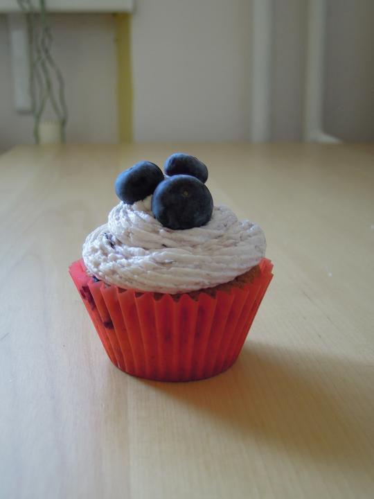 Cupcake´s and Co... moja nova zaluba... - Cucoriedkove cupcaky :-)