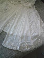 Tak dneska vsivam vsadky dozadu na sukni :-)