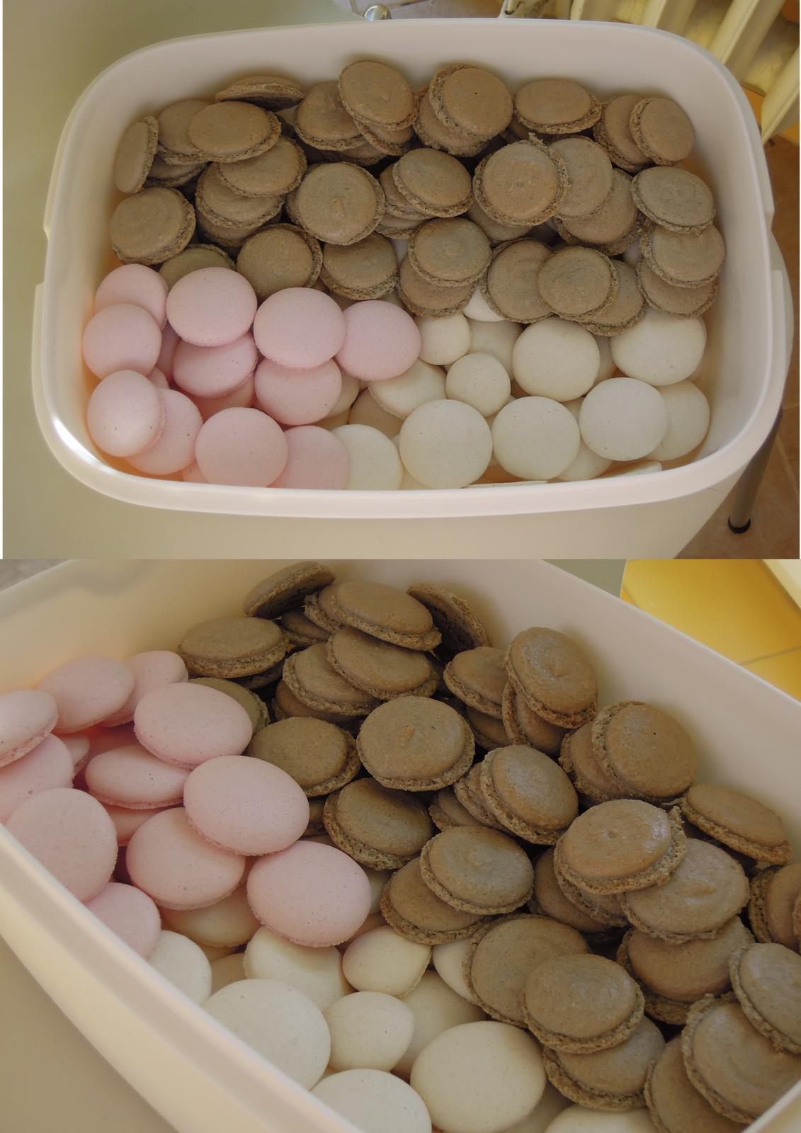 Pomaly zbieram... - Uz tretia davka macarons napecena na svadbu :-)