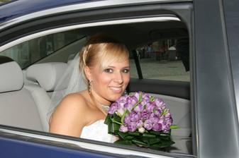 a jedeme na svatbu