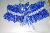 modrý podväzok pre nevestu, L